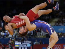 aptopix-london-olympics-wrestling-men.jpeg-1280x960 small